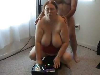 My juggy and heavy bottomed BBW wife is testing extremist sybian