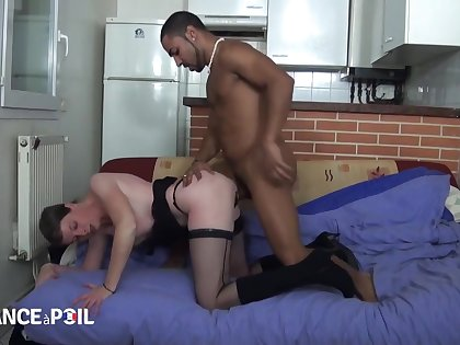 Experienced French bitch fucks young black pervert - Glaze Po