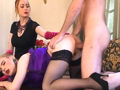 Threesome with a bazaar safe keeping up washed out stockings