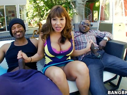 Nothing makes Ava Devine happier than blowing a black pecker