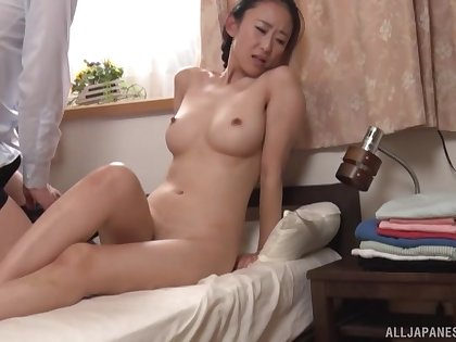 Irresistible Japanese girlfriend Mori Hotaru gets fucked on the bed