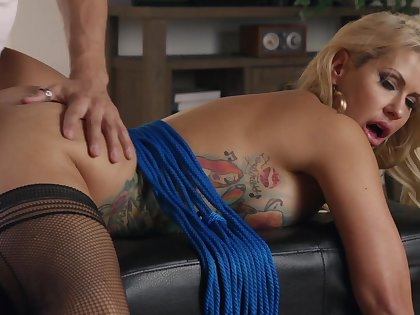 Sizzling stylistic fucking with sensual MILF Savana Styles