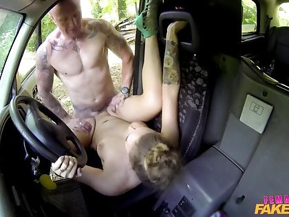 Undesigned Guy Gets Have sex and Free Ride