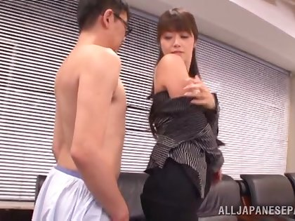 Staggering Japanese endures heavy inches in both holes